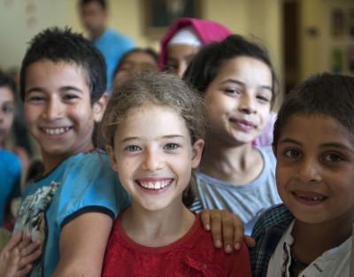 İlköğretim Çağındaki Çocuklar için Eğitim Programları
